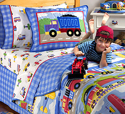 This pattern of Trains, Planes and Trucks is great favored by boys! Wonderful dreams to be had in this fantastic boys bedding sets!