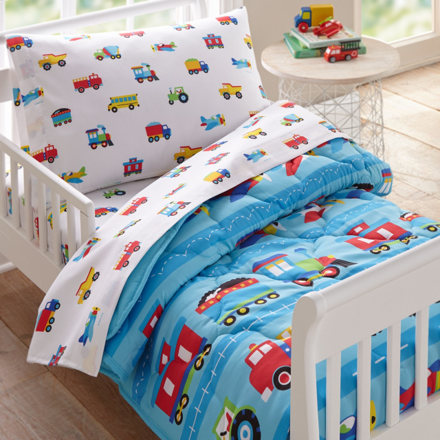 Soft luxurious microfiber for toddlers bedding consisting of pillowcase, flat sheet, fitted sheet and comforter!