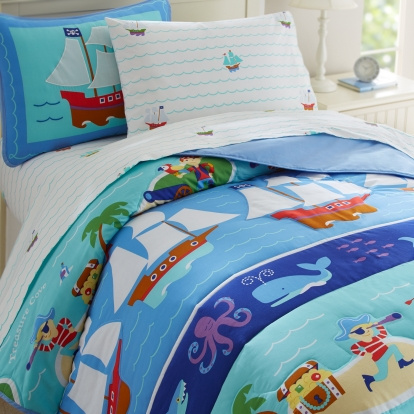 Pirates kids bedding     one of the most popular boys bedding pattern!        With the Pirate bedding kids just might have adventures galore!      Best Kids Bedding Sets are right at this site!    Kids Bedding at its ultimate!  These adorable 100% cotton percale kids bedding sets are covered with colorful yachts, sea life animals, palm trees and pirate scenery. Kids imagination could be at the ultimate as imagination is so very important in a kid's life, it improves cognitive development.